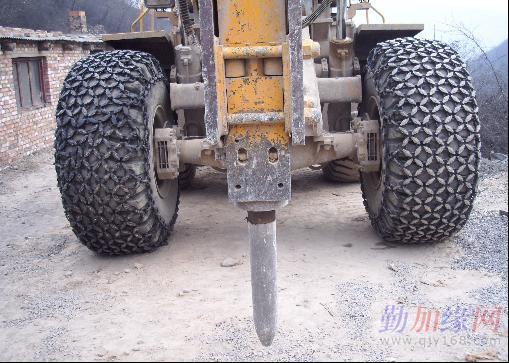 厂家直销铲车轮胎厂价_批发_特价-勤加缘伙团