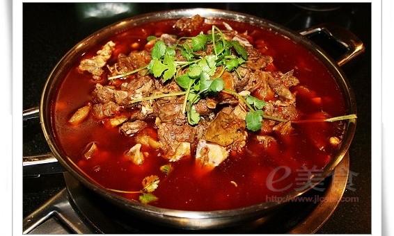 羊火锅蝎子老城加盟|北京羊蝎v火锅猪脚一锅羊蝎子腌菜烧配方图片