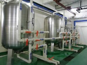 不锈钢液体储罐 化工液体承压储罐 适合设备装配储油罐