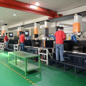 塑料模具制造制造出口德国,日本,西班牙等***和地区