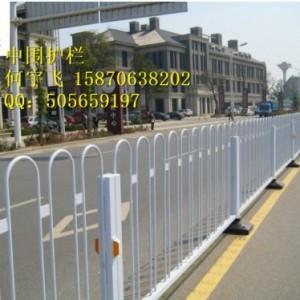 瑞金市非人行道护栏  中央护栏  交通护栏厂家批发