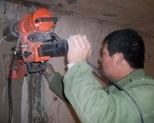 太原红沟路维修上下水管阀门漏水水钻打孔安装热水器浴霸马桶