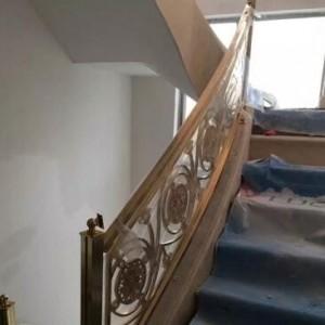 厦门玫瑰金铜质楼梯护栏演绎家居装饰的精致奢华