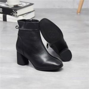 新款欧美风尖头粗跟马丁靴女真皮中筒中跟侧拉链短靴