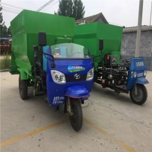 养殖场专用撒料车 工作视频 电瓶式撒料车参数