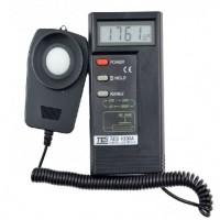 台湾泰仕TES-1330A便携式数字照度计光亮度测量