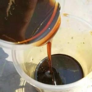 桶装液体树脂  棕黄色