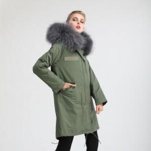 廉江市石城麦奇商行新款棉衣军绿派克大衣真獭兔毛保暖皮草外套