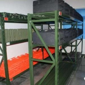 仓储货架黑色货架红色货架军绿色货架服装货架背包货架物资货架