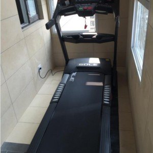 徐州SOLE速��F63NEW跑步�C高端家用�p肥健身器材