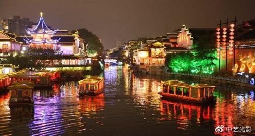 中艺光影专注度假村夜景亮化灯光方案以及乡村旅游灯光秀特别策划
