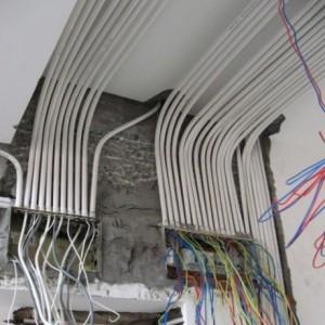 太原电路维修灯具安装电工上门服务电话