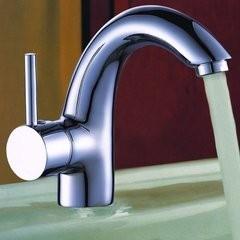 太原五一广场修水管漏水安装卫浴换阀门