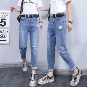外贸服装批发地摊大包货服装常年直供男款T恤牛仔裤便宜