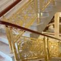 室内铜楼梯扶手这样装才有创意