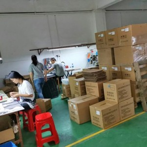 东莞充电宝塑胶机塑胶五金玻璃电子音响木制品厂家供应