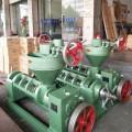 供应山东聊城全自动油角子榨油机新一代油泥榨油机
