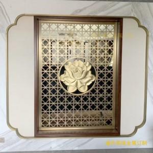 现带铜艺玫瑰沙金屏风是你生活中必不可少的装饰品