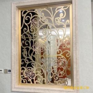 风格百变的不锈钢屏风已成大家喜爱的装饰品