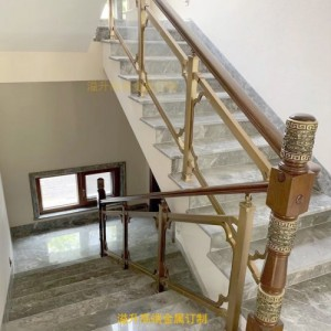 甘肃KTV铜楼梯护栏 旋转钛金铜楼梯扶手价格