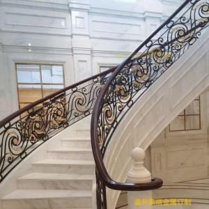 蓝山钛金铜楼梯护栏 铜楼梯扶手 铜楼梯围栏厂家