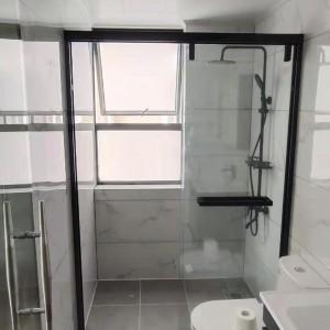 南山区家居式简易淋浴房造型可选 一字型浴屏淋浴房卫浴设施