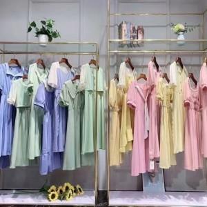 杂款女装T恤裙子牛仔裤批发便宜时尚女装货源清仓大量夏