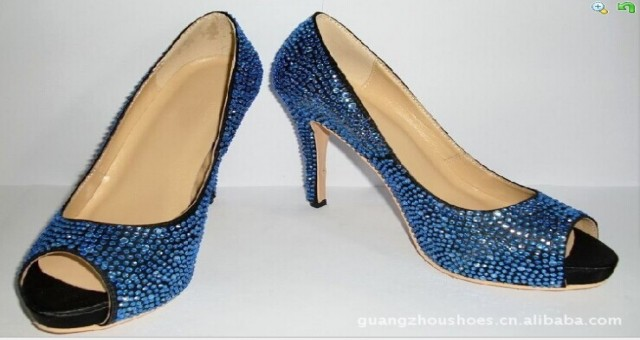 广州女鞋时装礼服鞋厂皮革鱼嘴时尚单鞋模压吸塑高跟图片