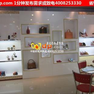 中国店配网鞋店橱窗设计鞋店橱窗效果图鞋店橱窗展示