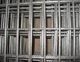 正孔钢筋网片焊接生产完成
