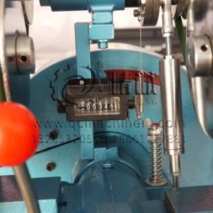 河南商丘针织童装打扣机的生产商 自动喂料打扣机 欢迎来电