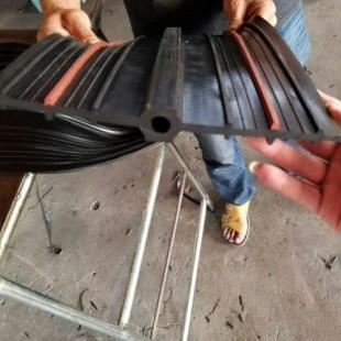 伸缩缝弹性橡胶带报价