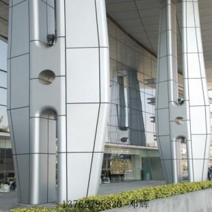弧形包柱铝板 白色木纹铝板 铝单板包柱 户外铝单板厂家