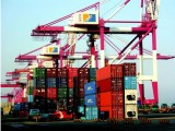 专业代理从美国进口约翰迪尔采棉机到新疆物流