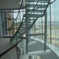 甘肃实木楼梯价格 兰州双梁楼梯