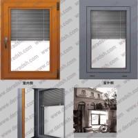 高档别墅专用三玻百叶木包铝窗价格,三层中空玻璃配百叶铝木复合