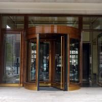 宾馆大堂旋转门