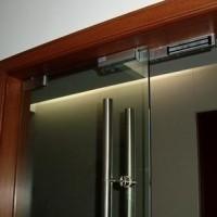 深圳维修安装、玻璃门、地弹簧、电子密码锁