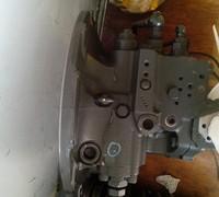 小松130-7液压泵主泵大泵