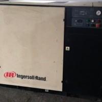 出售二手英格索兰UP5 30 7螺杆空压机