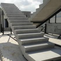 厂家生产别墅栏杆立柱酒店玫瑰金钛金楼梯扶手可开模具定做