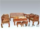 潍坊与老挝大红酸枝沙发结缘  精细的花纹  突显华丽人生