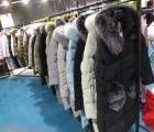 北京大库房冬季棉服羽绒服毛衣批发处理       现有大量秋
