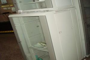 22U   1.2米网络机柜  厂家直供