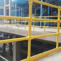 玻璃钢护栏在油田中的应用