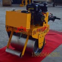 鹤壁手扶式单轮压路机汽油振动压实力强劲手扶压路机应用广泛