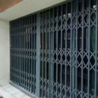 派派门窗灰色高硬度铝合金拉闸门1.2厚