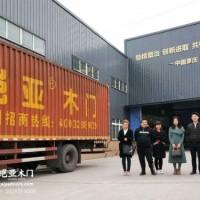湖南株洲吴总到访铠亚木门总部深入厂区考察合作