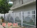 南京塑钢围墙护栏 小区PVC栏杆 江宁草坪护栏批发 塑钢围栏