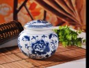 茶叶包装选陶瓷茶叶罐特点,景德镇青花瓷罐子,景德镇陶瓷定做厂